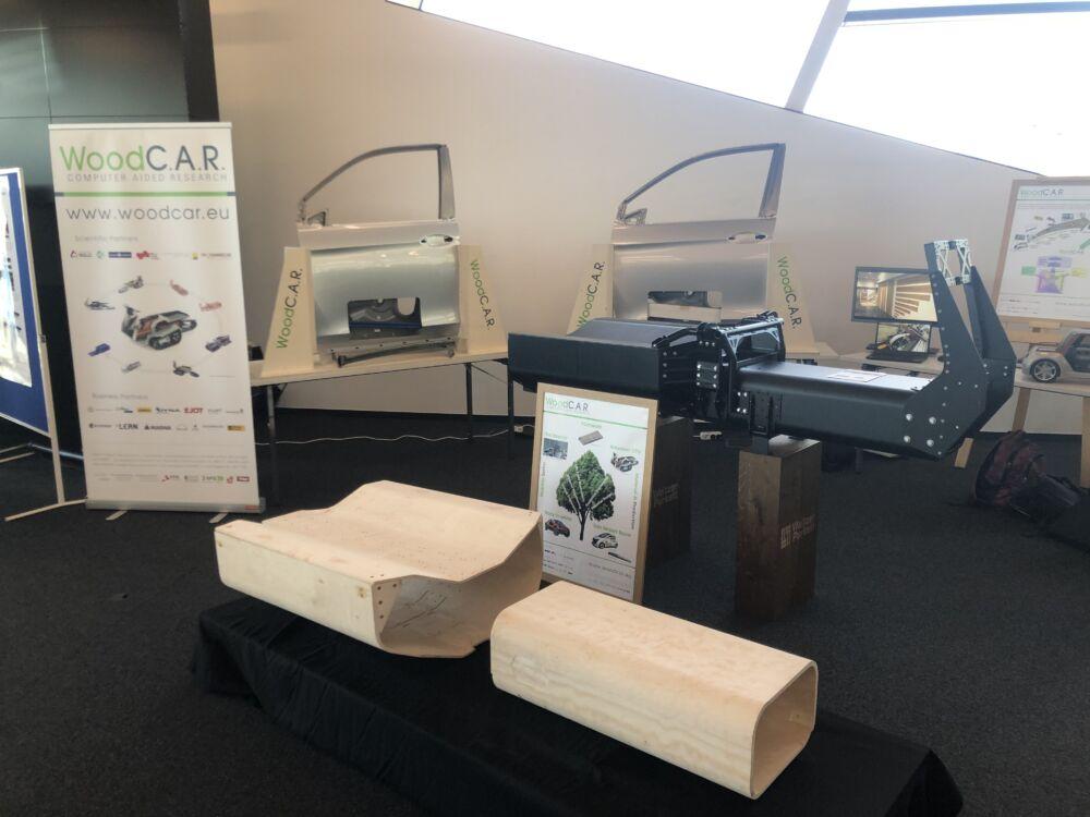 Ein Auto aus Holz, hier die Teile des Prototypen von WoodC.A.R.