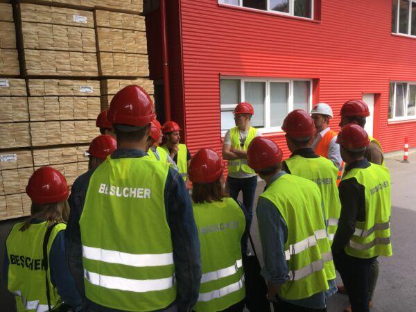 Schwedische Studentengruppe möchte mehr über die Holzwirtschaft in der Steiermark wissen